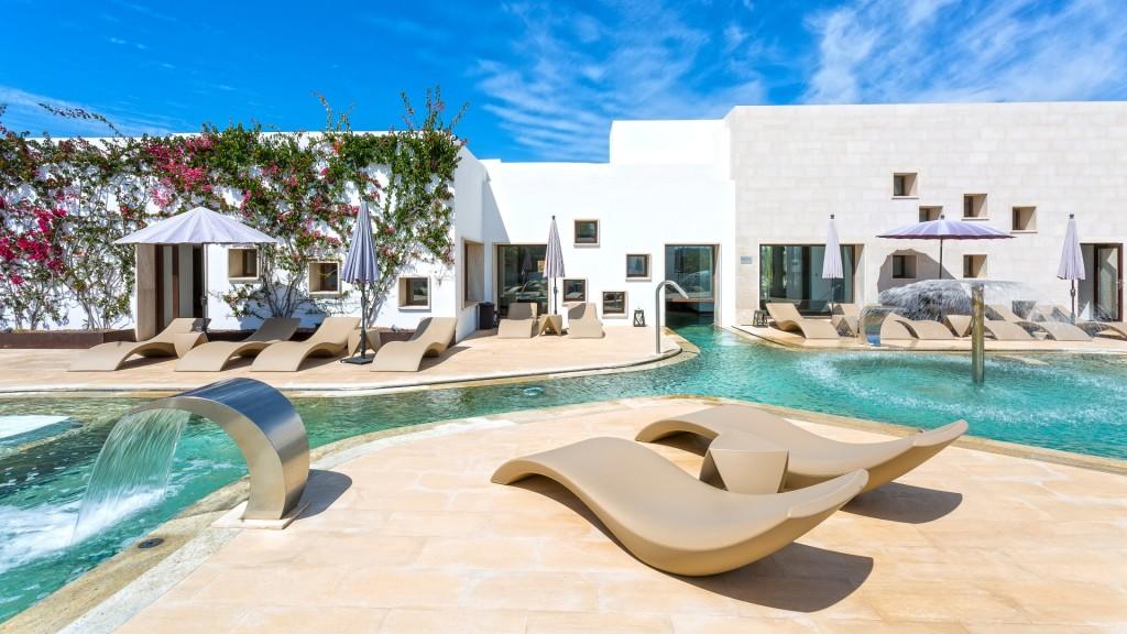 Grand Palladium Palace Ibiza resort sunbeds