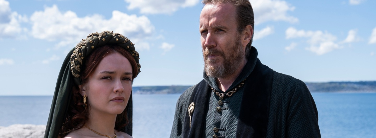 Olivia Cooke as Alicent Hightower and Rhys Ifans as Otto Hightower