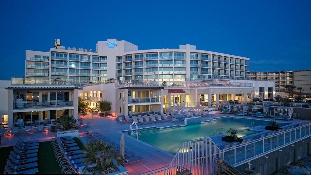 The oceanfront pool at the Hard Rock Hotel, Daytona Beach