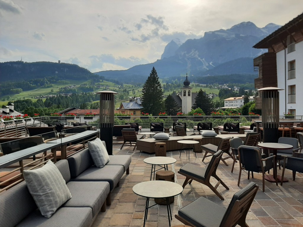 Grand Hotel Savoia's 1224 Bar Terrace with spectacular views