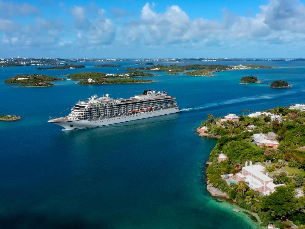 Viking Orion in Hamilton, Bermuda