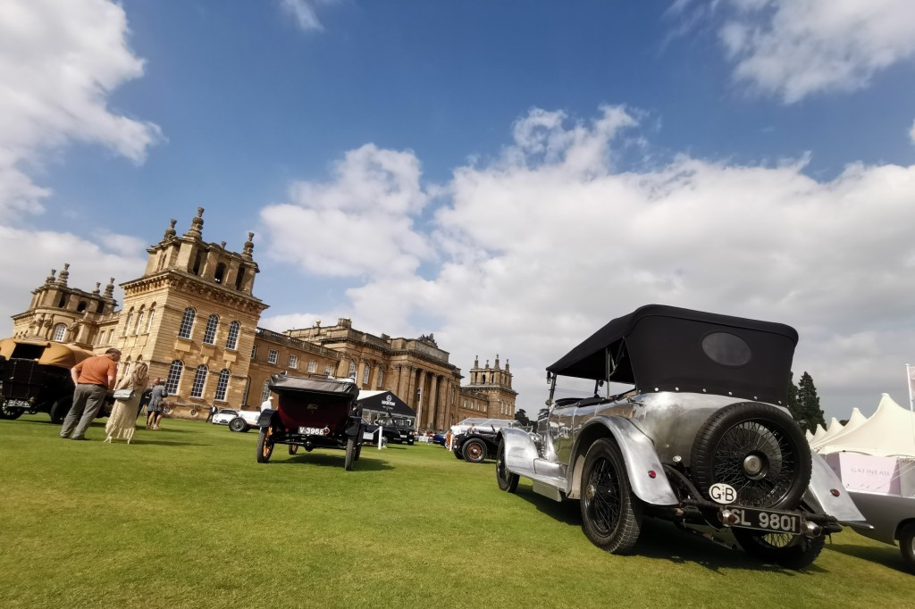 Classic cars on the lawns of Blenheim Palace