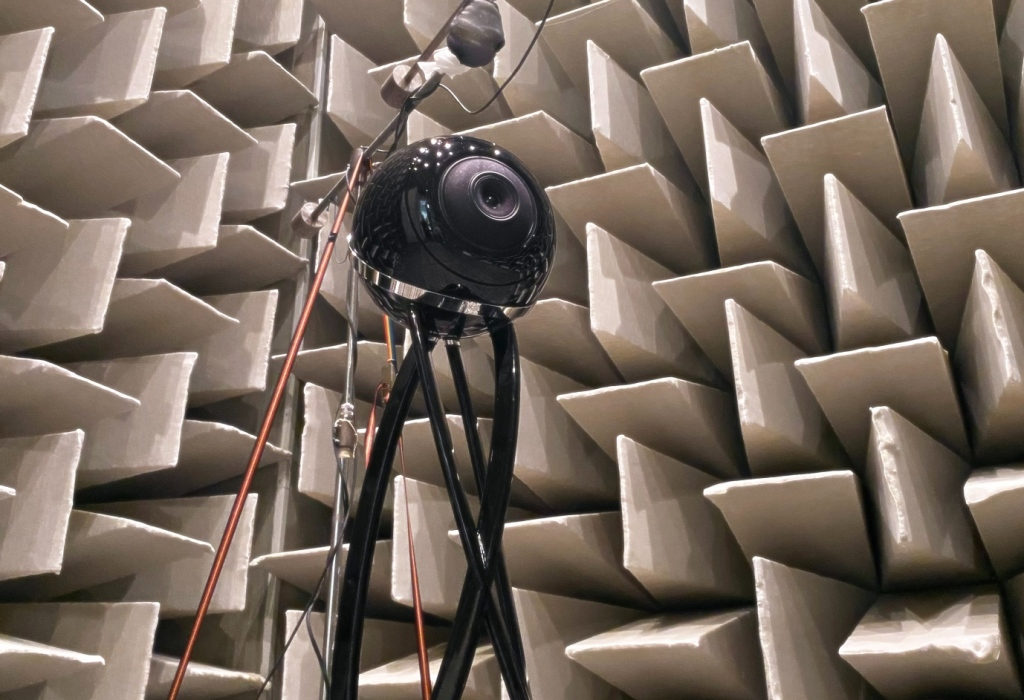 Cabasse Pearl Pelegrina speakers being tested in an anechoic chamber