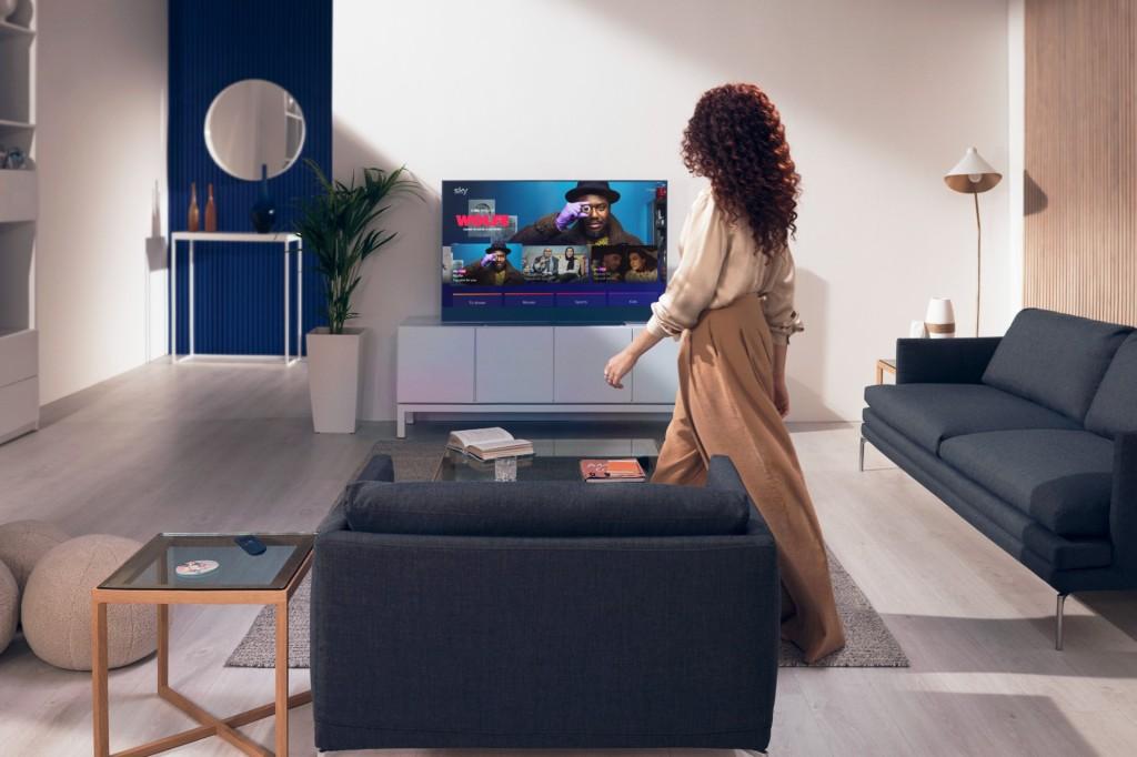 A user turns on a Sky Glass Tv using Glance technology